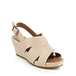 Clarks - Pale pink 'Rusty Rizz' mid wedge heels
