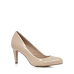 Clarks - Taupe patent 'Carlita Cove' high court shoes