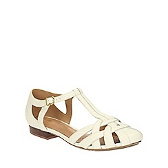 Clarks - Off White leather Henderson Luck enclosed to t-bar sandal