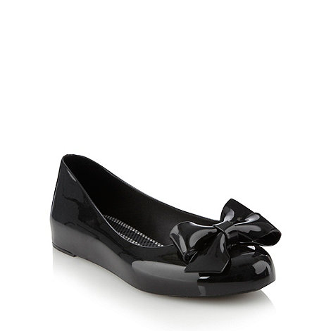Mel - Black patent bow pumps