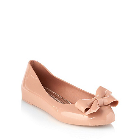 Mel - Taupe rubber bow pumps