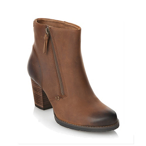 Clarks - Brown diagonal zipped ankle boots