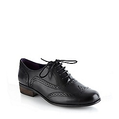 Clarks - Hamble oak black leather low heel brogues
