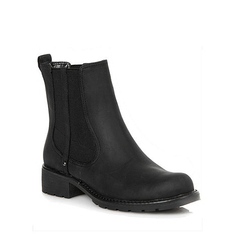 Clarks - Orinoco club black leather mid heel chelsea boots