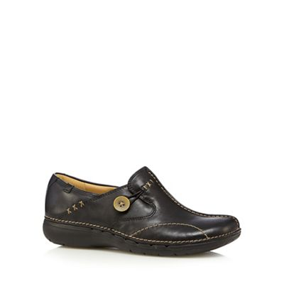Clarks Un loop black leather flat slip on shoes - . -