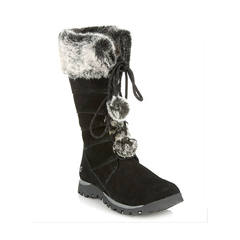 Skechers - Black panelled mid heeled snow boots