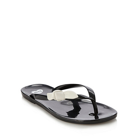 Mel - Black bow flip flops