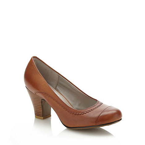 Hush Puppies - Tan mid heeled scalloped court shoes