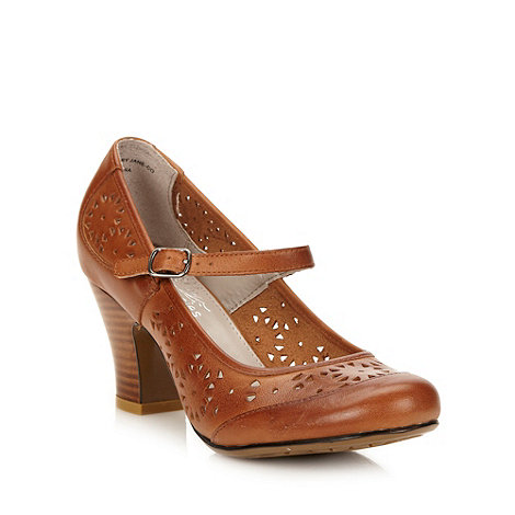 Hush Puppies - Tan +lonna mj+ cut work leather mid heel court shoes