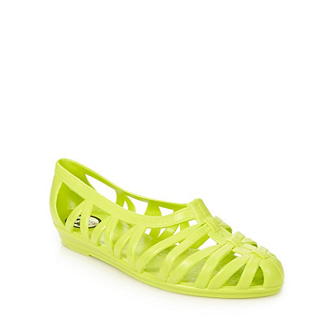 Juju - Lime caged sandals