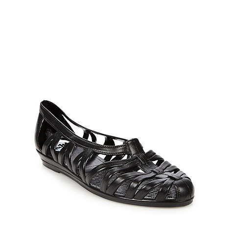 Juju - Black caged sandals