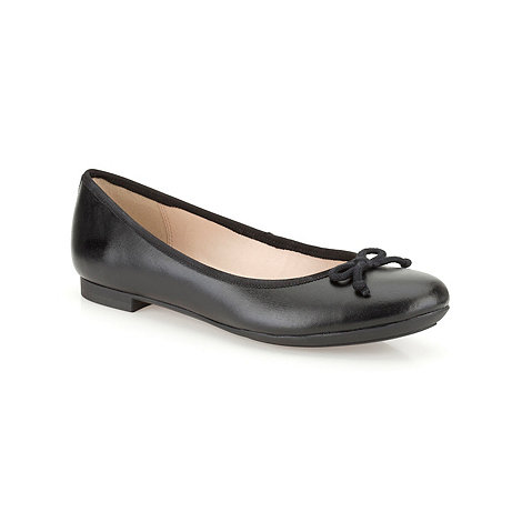 Clarks - Black +Carousel Ride+ leather pumps