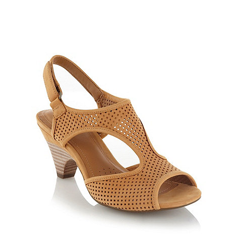 Clarks - Tan perforated strapped mid heeled court shoes
