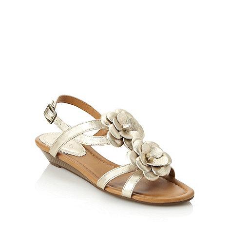 Clarks - Gold +santa gift+ sandals