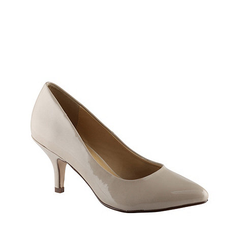 Call It Spring - Beige patent pointed toe mid heel +roessing+ court shoes