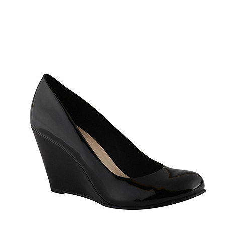 Call It Spring - Black patent leatherette high heel +foroumba+ wedge shoes