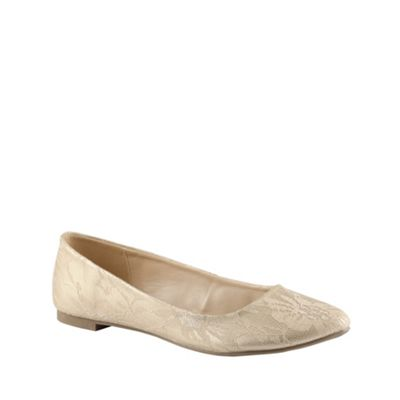 Call It Spring Light gold ´borla´ lace pumps - . -