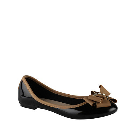 Call It Spring - Black contrasting bow pumps