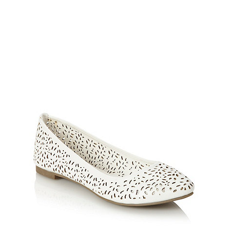Call It Spring - White cut out patterned pumps
