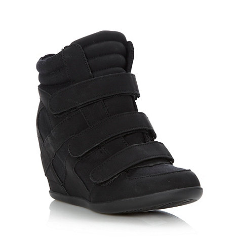 Call It Spring - Black +luxenee+ high wedge heeled trainers