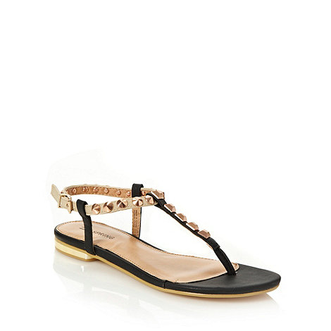 Call It Spring - Black +lenarz+ studded strap sandals