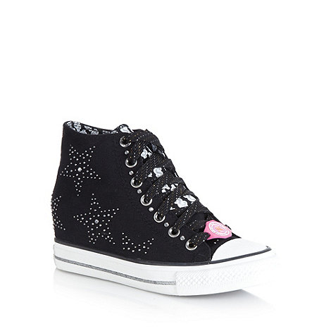 Daddys Money - Black +gimme star+ studded wedge high tops