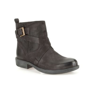 Clarks Black leather ´ Merryn Trail ´ flat ankle boot - . -