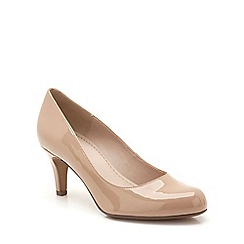 Clarks - Nude patent 'Arista Abe' mid heeled court shoe