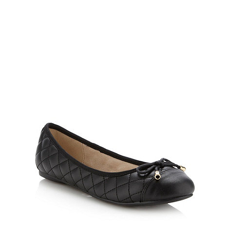 Faith - Black quilted bow trimmed pumps