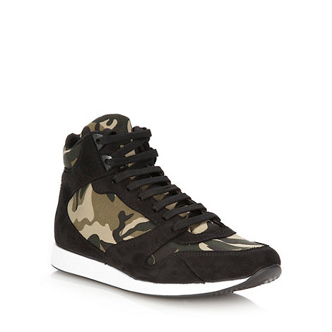 Faith - Khaki camo trainers