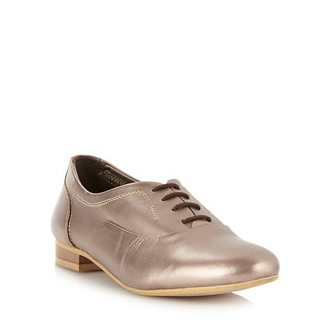 Faith - Metallic leather lace up shoes
