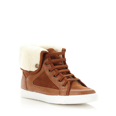 Faith - Dark tan fleece trimmed trainers