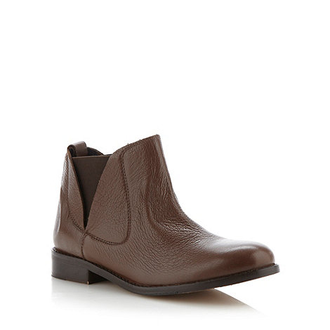 Faith - Tan chelsea low ankle boots