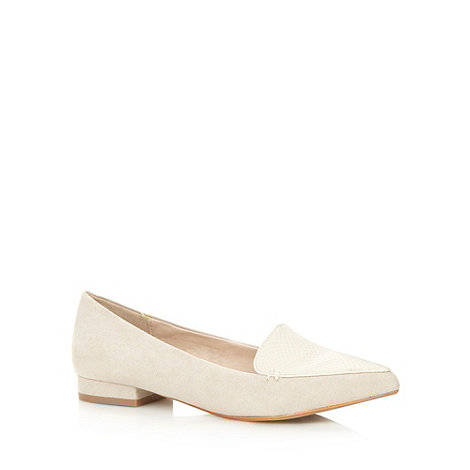 Faith - Pale grey textured pointed toe pumps