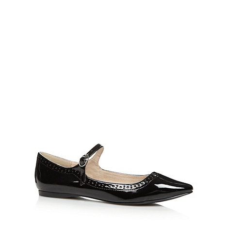 Faith - Black +Armitt+ patent punched pointed toe pumps