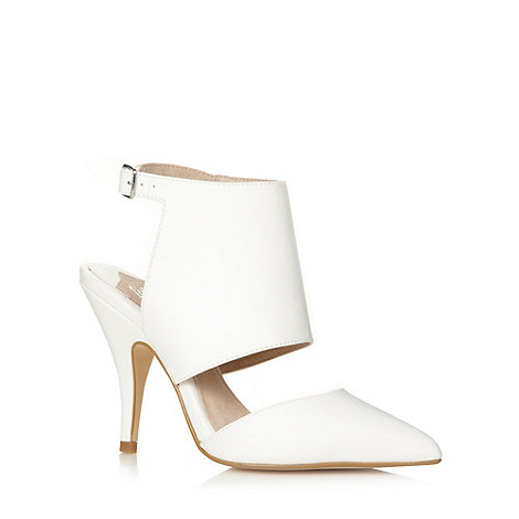 Faith - White pointed toe cut out court shoes