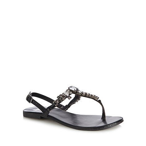 Faith - Black leather jewel toe post strap sandals