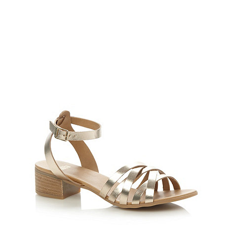 Faith - Metallic leather crossover strap mid sandals