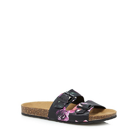 Faith - Black leather floral double buckle sandals
