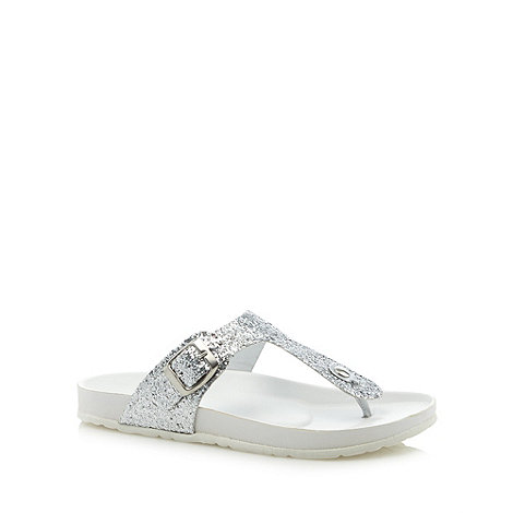Faith - Silver glitter toe post sandals