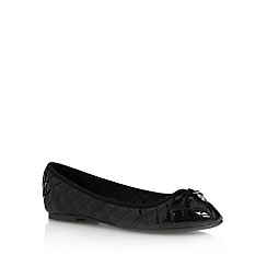 Faith - Black patent quilted pumps