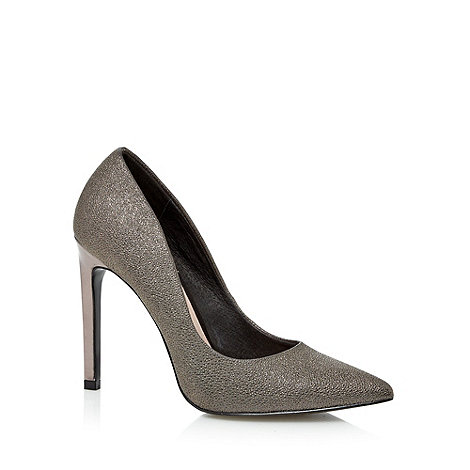 Faith - Metallic pointed toe high court shoes
