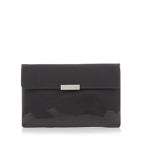 Faith - Dark grey patent clutch bag
