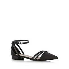 Faith - Black cross strap grained patent pumps