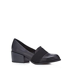 Faith - Black textured panel mid court shoes
