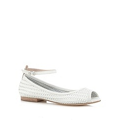 Faith - White leather woven peep toe flat sandals