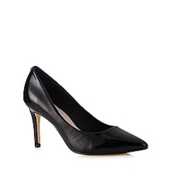 Faith - Black patent pointed court shoe