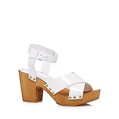 Faith - White patent leather chunky high sandals