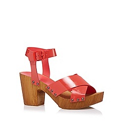 Faith - Coral patent leather chunky high sandals