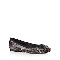 Faith - Black snake bow pumps